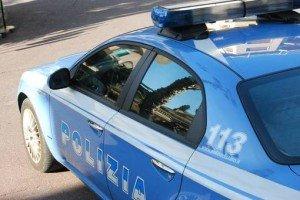 Inseguimento a piedi in via Comacchio