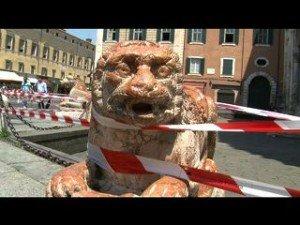 Ferrara: transennato centro e scuole chiuse