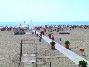 Verso le spiagge per disabili