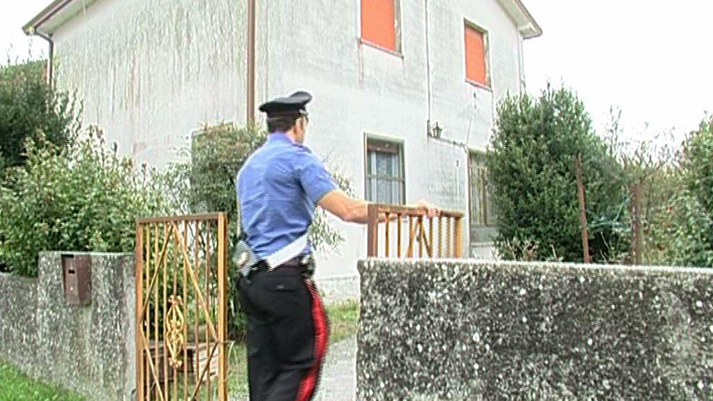Storia criminale ricercato numero uno in italia telestense for Numero senatori e deputati in italia