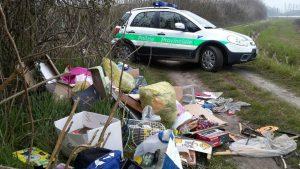 Polizia prov - rifiuti