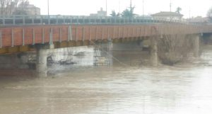 fiume reno piena