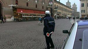 polizia municipale vigili armati