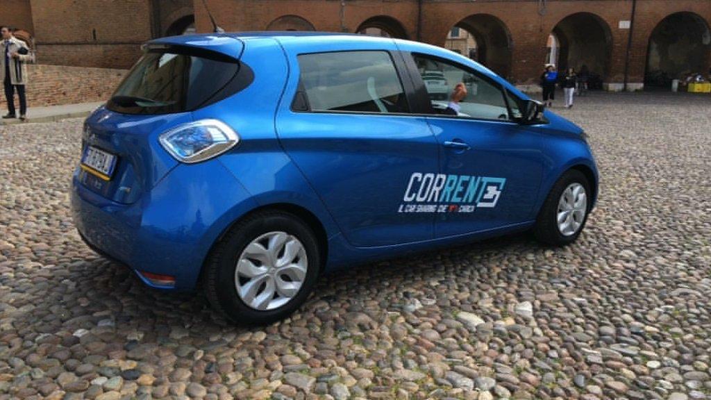 auto car sharing elettrico