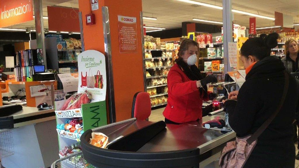 coronavirus assalto supermercato
