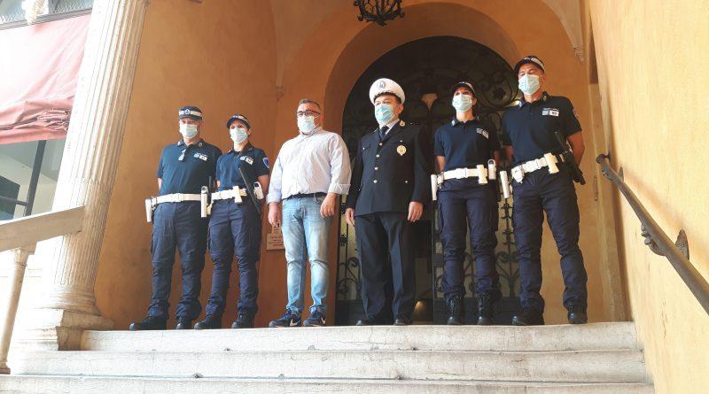 uniformi_polizia municipale